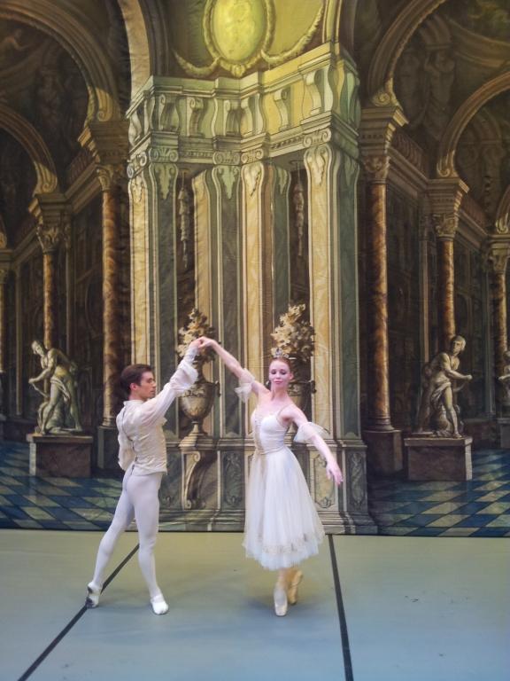 rencontres Ballet Mishkat et Kanchi datant